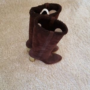 GUCCI Dark Brown fuzzy Lined size 8 boots